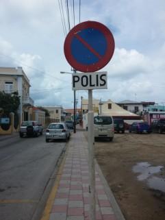 Police = Polis
