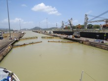 Miraflores locks final stage
